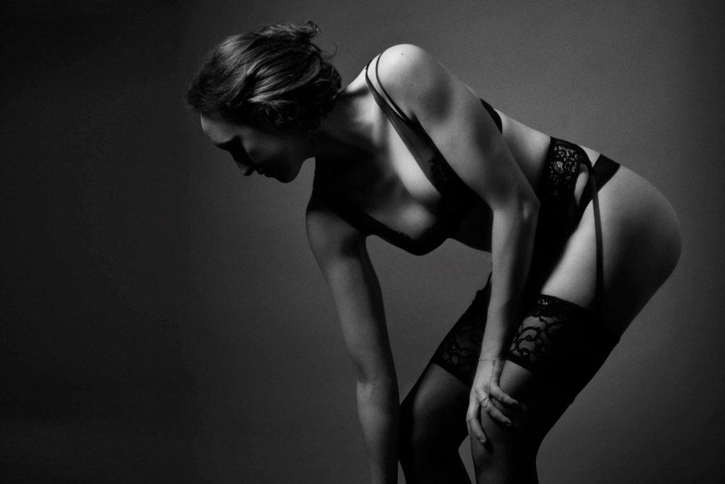 boudoir photography boston black and white