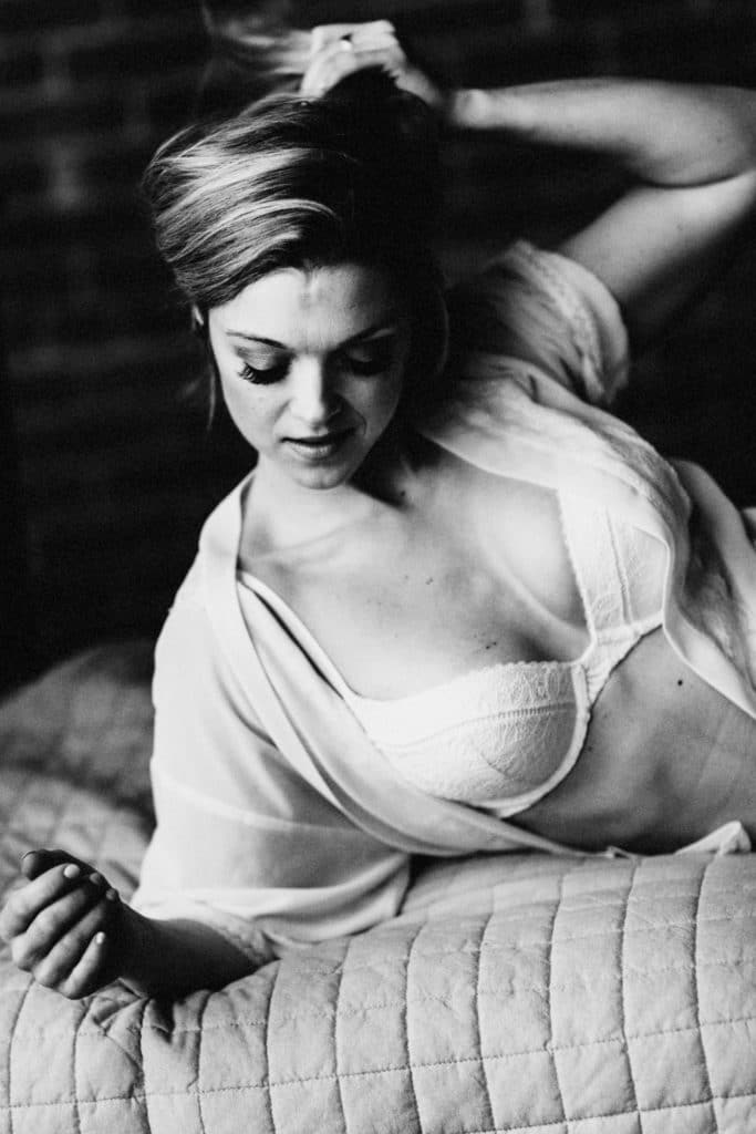 how to get ready for a boudoir shoot boston body positive